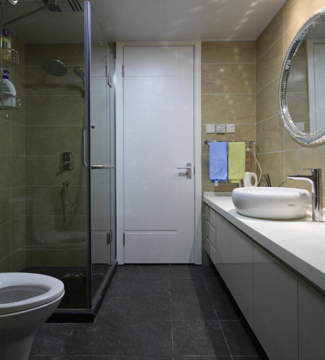 卫生间干湿分离,整个空间干净整洁