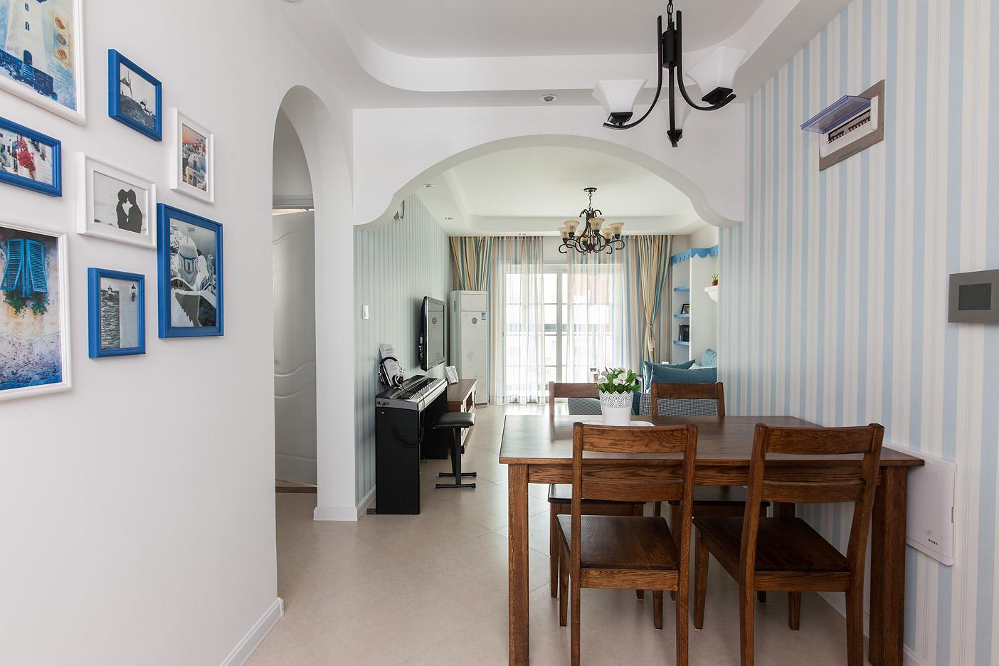 餐厅设计在家庭装修中变得越来越重要,能有一间温馨舒适的餐厅,会使用餐变得更加美好