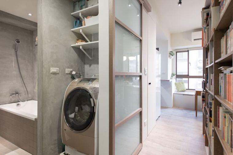 洗浴間也是冷硬的灰色||_qq空间主人寄语闪字。