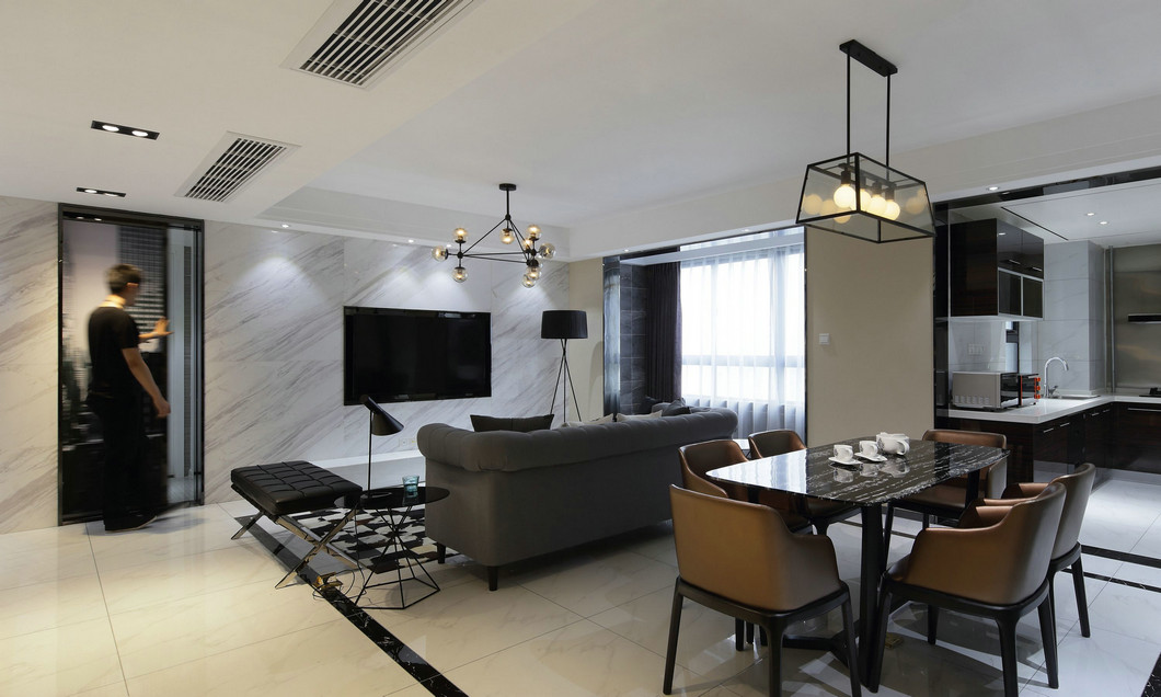 餐廳位于沙發後方,毗鄰廚房,舒適的動線凸顯出空間布局的自然美感。