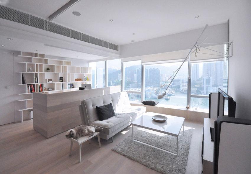 将大的客厅一分为二,一半做客厅,另一半做书房。