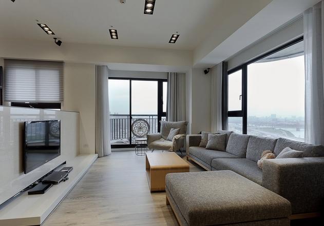 大理石电视短墙作为客厅与书房屏隔,大器的质材运用彰显居宅的恢弘气度。