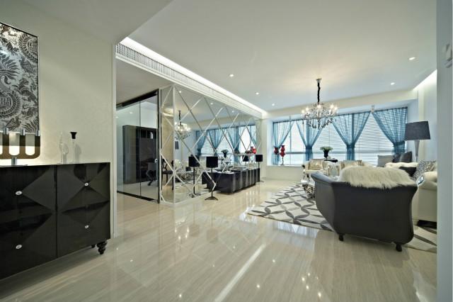 客厅以黑白创造出一种简约的优雅和时尚,更显层次感,更具时代特色