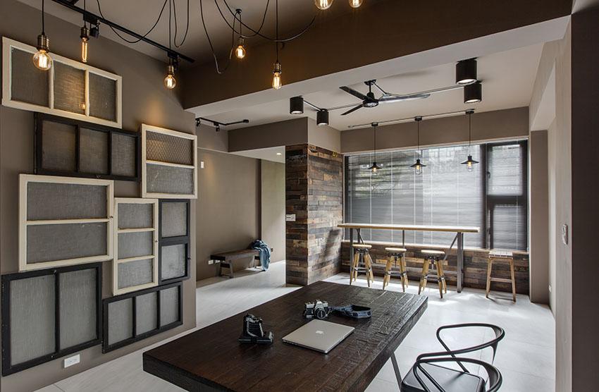 客餐厅是在同一个空间区域中的,吊灯的设计很是别致