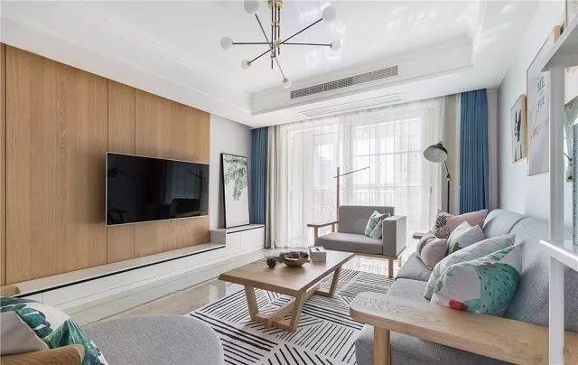 简约的空间建议搭配白色、浅灰色或是浅蓝色,会更清爽些。