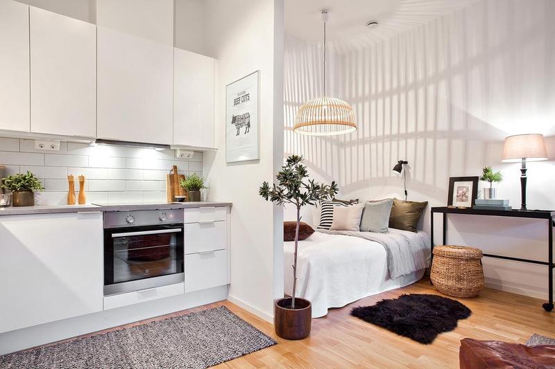 厨房的射灯、柜底灯,床铺的竹子吊灯、壁灯,客厅区的落地灯及台灯,保证了绝对充足的亮度。