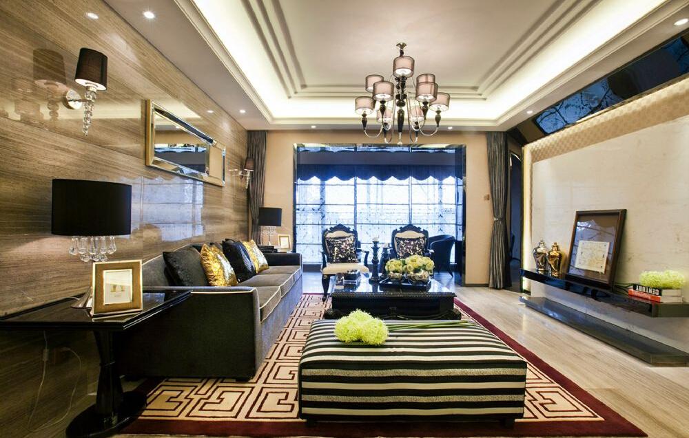客厅沙发兼具现代格调和生活温馨对称出客厅的随意空间