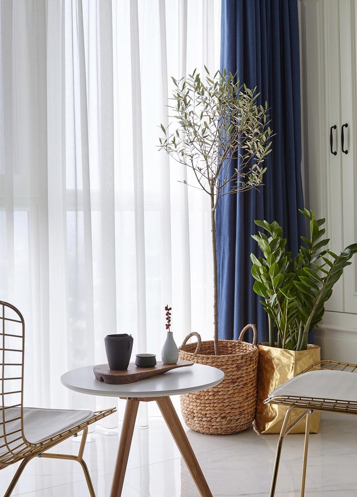阳台打造充足的收纳空间,在美观与实用轻易切换。