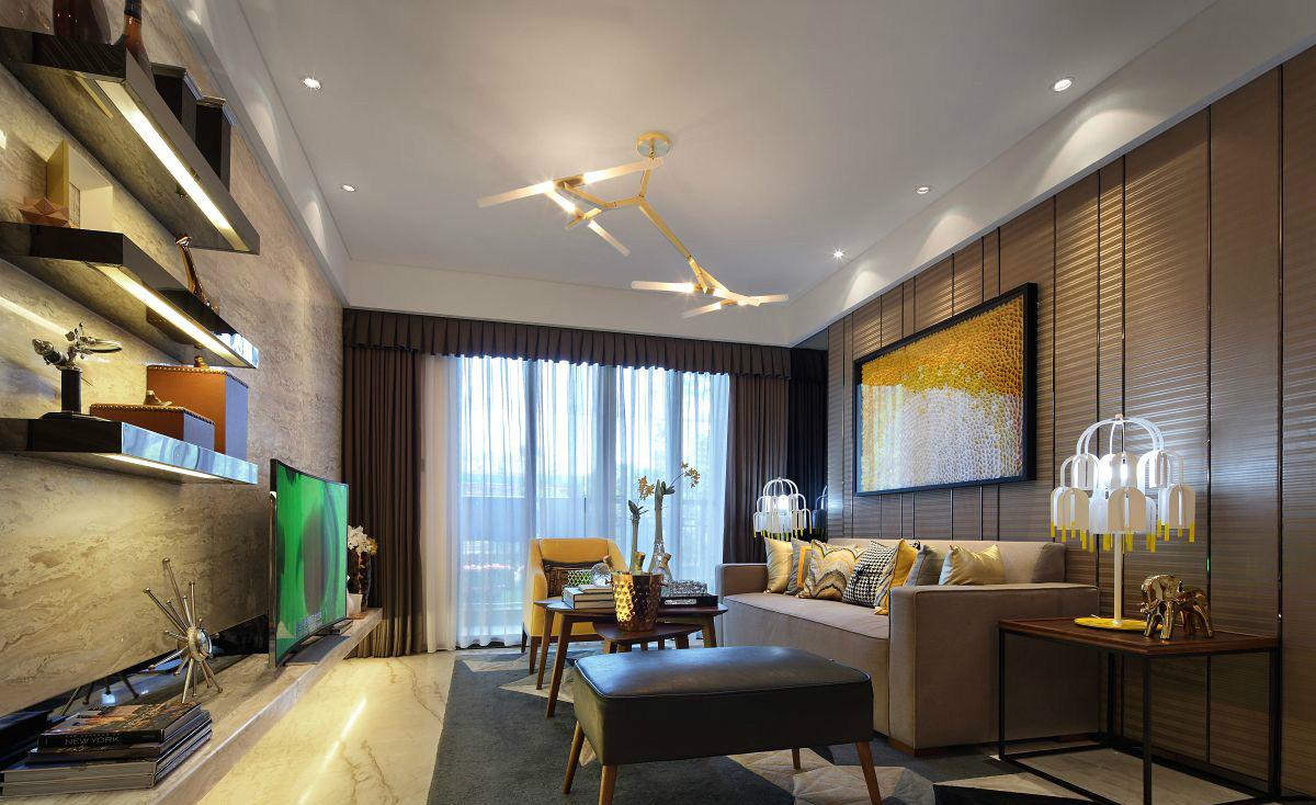 客厅中整个开放空间将得天独厚的景色映入,眼前日光静谧洒落,油然感受的温润