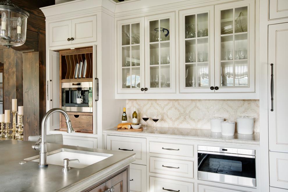 厨房的墙面贴小瓷砖,也是具有独特魅力的