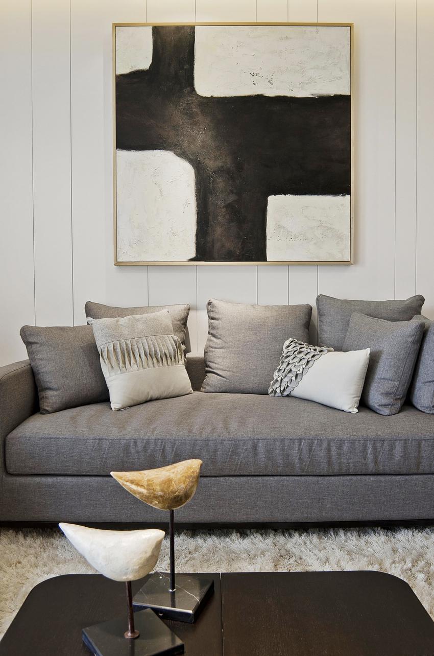 屋主独爱布艺沙发,它慵懒却又不失时尚,有时还有着文艺小清新范儿。