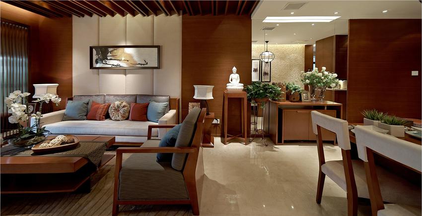 一眼望去木质家具,中式色彩。但却少了一份严肃、深刻、整体干净、舒服。