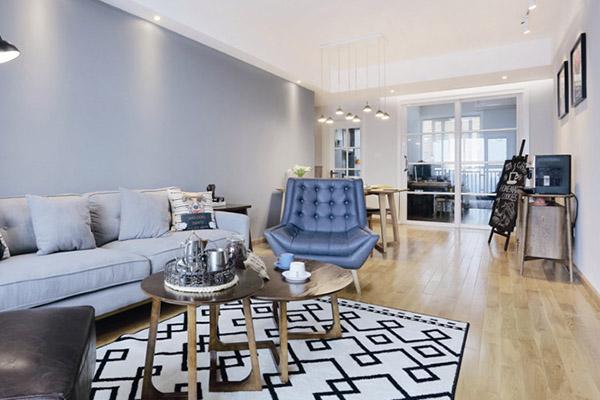 每一件家饰都是精挑细选的,时尚不浮躁,沉稳不乏味,这便是设计师营造出的精致、质感艺术空间。
