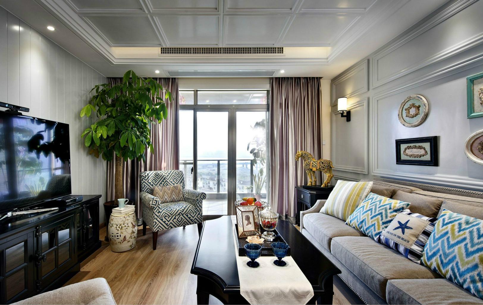 客厅作为待客区域,简洁明快,静谧的浅蓝色