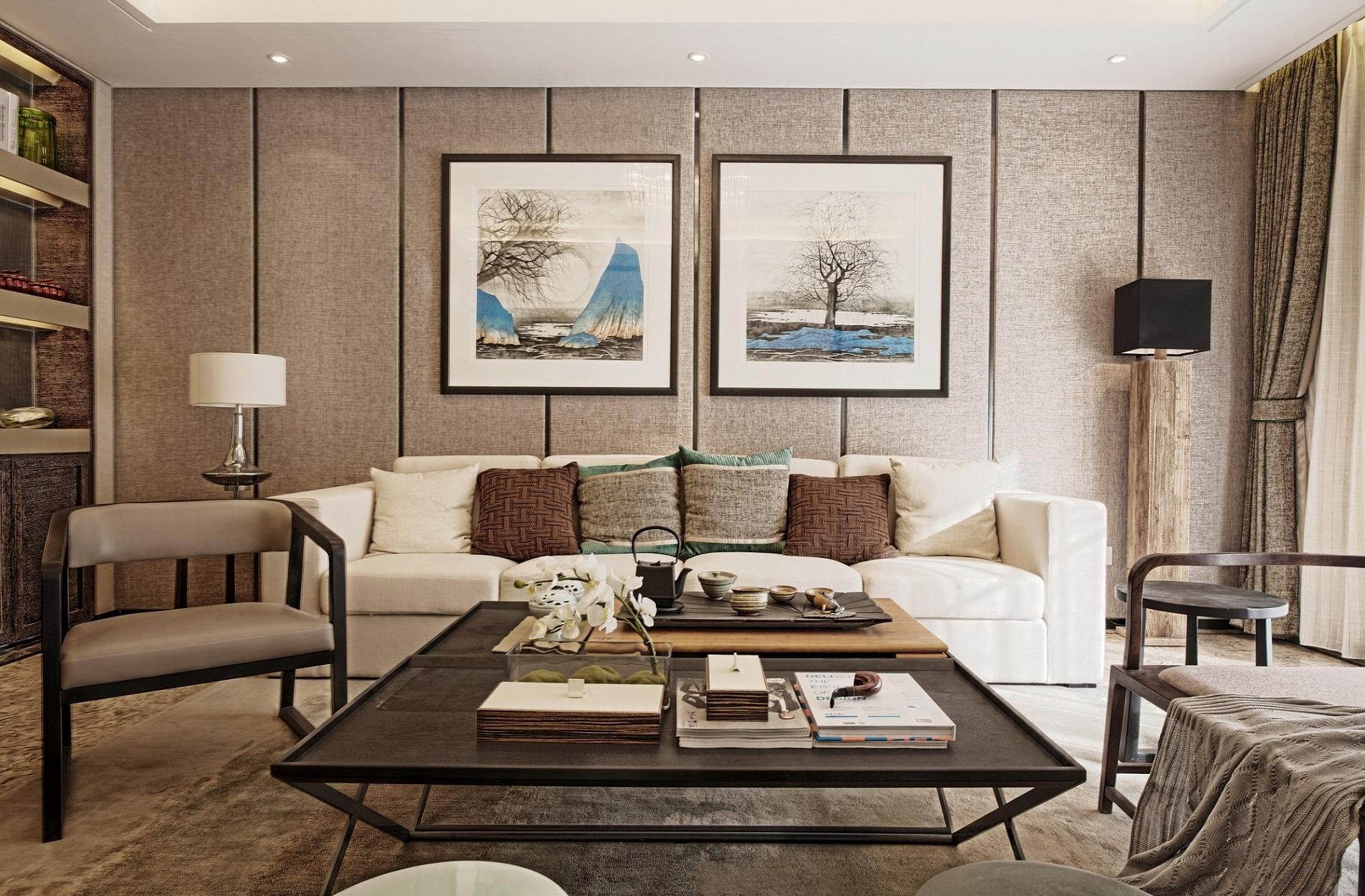 沙发背景墙非常有质感,山水装饰画增添了视觉格调,精致考究的工艺细节,生活从来不将就。