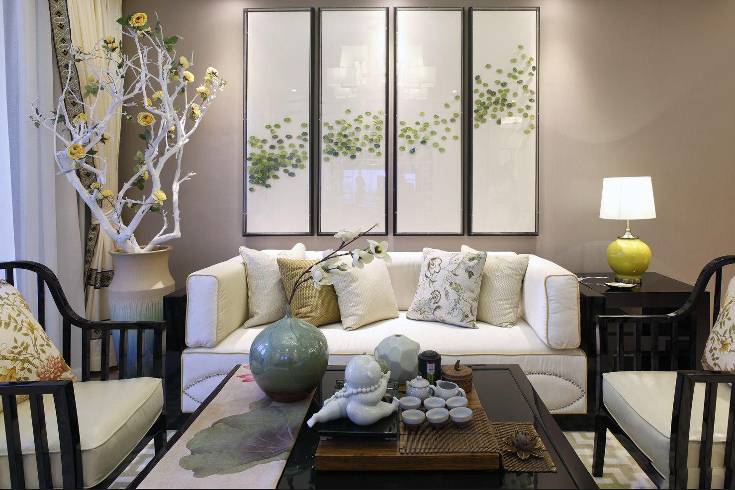 客厅整体素雅有韵味,无论是瓷器茶具还是饰品,都让传统文化的特点得到表达。