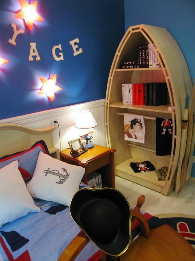 创意船型书架,放上好看的书,喜欢的手办以及玩具,度过一个美好的童年。