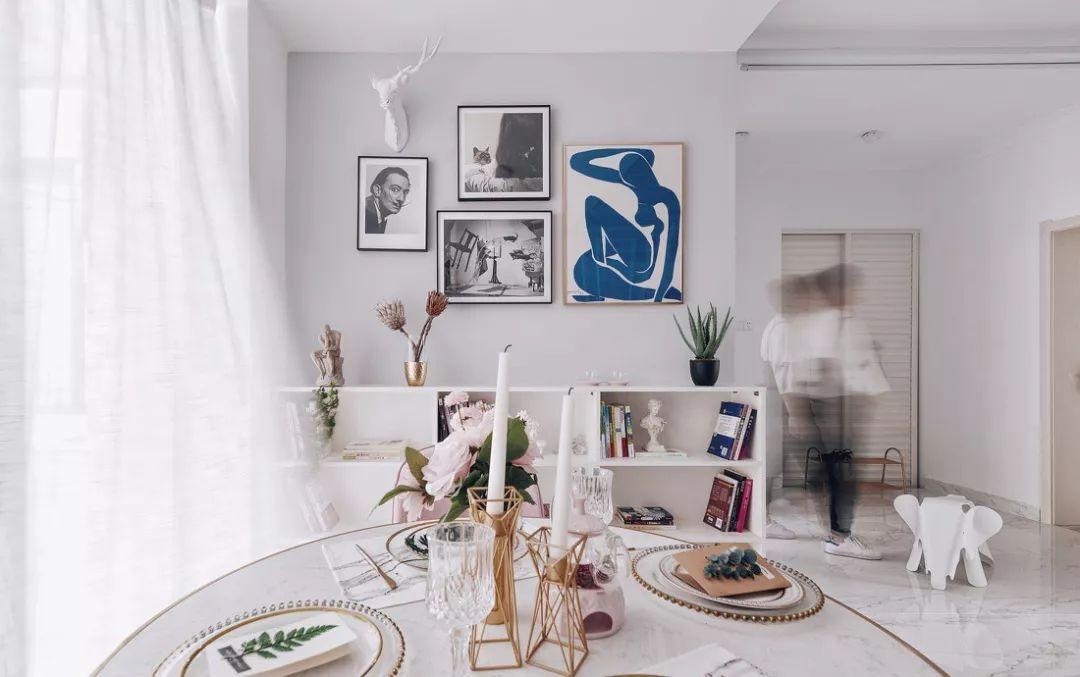 精致的敞开式厨房融入餐厅,将用餐氛围提升一个档次,整体打造出美观愉悦的用餐环境。