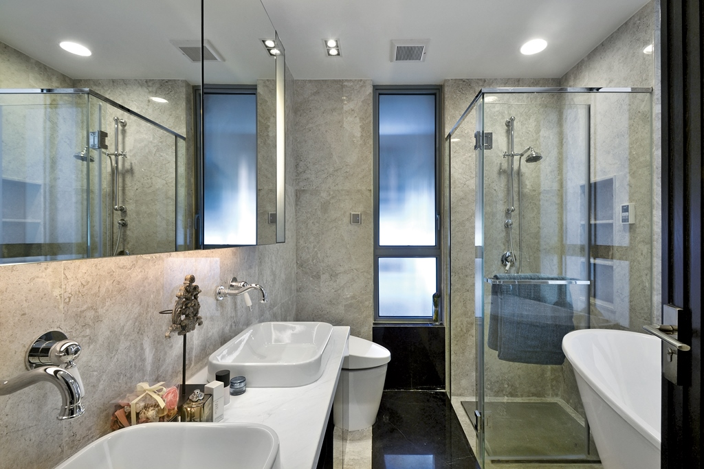 卫生间很好的做了干湿分离,干净利落