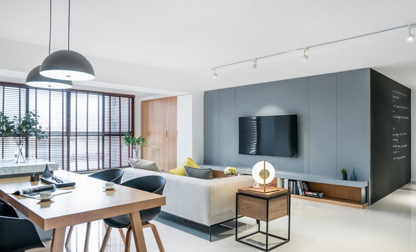 设计者规划大尺度公区范围,塑造豁然开朗、宽敞舒适的空间体验感。