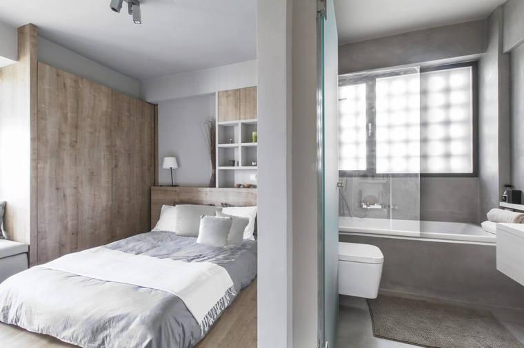 纯白色空间可以带来更为宽敞的视觉效果,为了避免乏味感,遍布角落的灯光晕染出梦幻的光影效果。