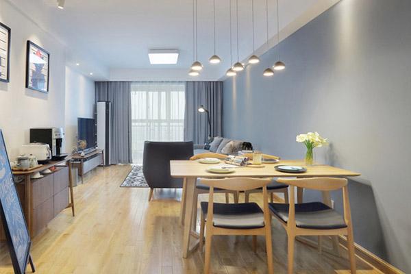 餐厅区是家居活动密集之处,不仅要美观,更注重实用性,整体性。