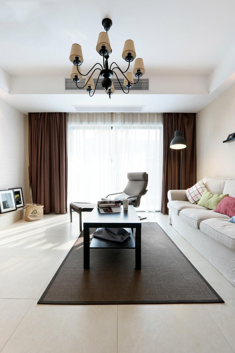 客厅装饰效果却非常不错,能提升客厅整体的装修档次
