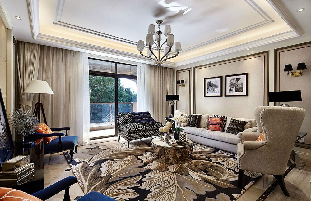 客厅色调以米色为主,空间衍生出一种温馨的静谧感。软装上配上蓝色为点缀色,打破沉闷感。