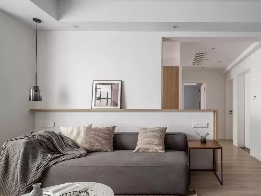 成都90㎡老房改造记丨客厅柜子横着放,既能分区又能装