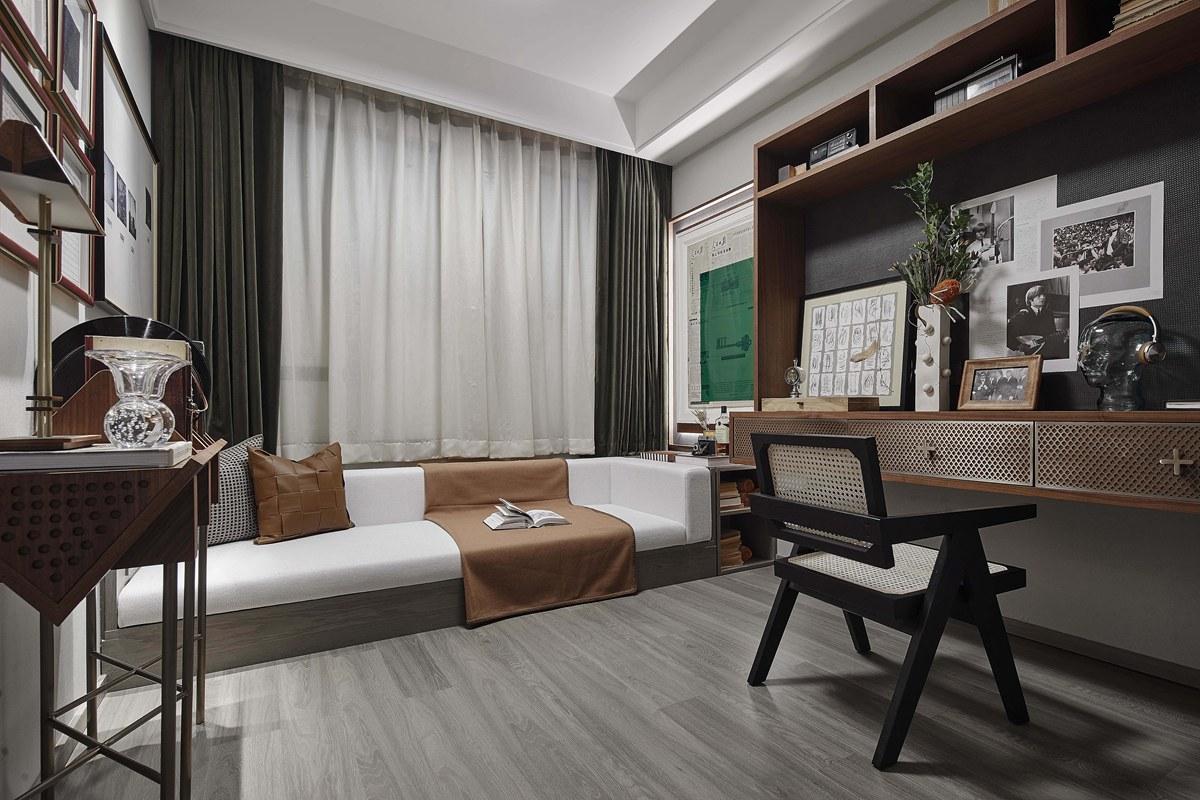 淮海路钢琴师的135㎡新家,看设计师如何盘活核心区空间